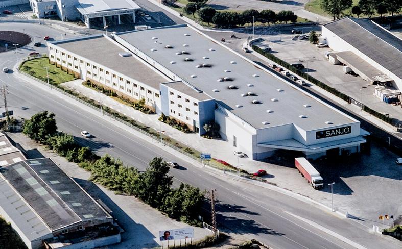 Vista aérea de la sede central de SANJO. Sant Andreu de la Barca, Barcelona